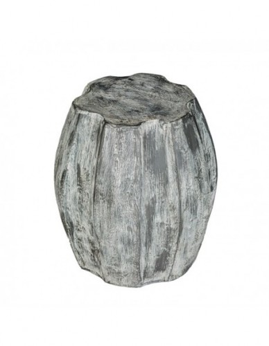 Taburete Bajo de Piedra, Exterior